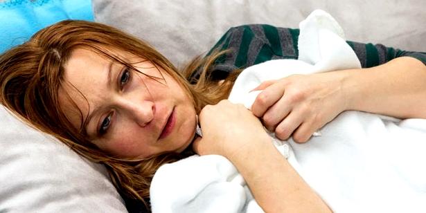 Frau mit grippeähnlichen Ebolasymptomen