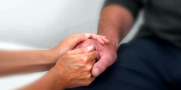 Handmassage gegen Demenz