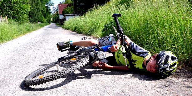 Fahrradunfälle enden meist mit Schürfwunden