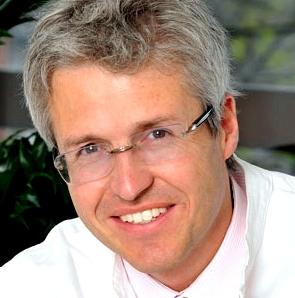 Unser Experte Professor Dr. Hans Michael Ockenfels Leiter der Haut- und Allergieklinik Hanau