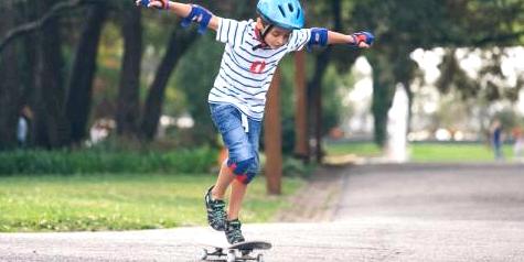 Skateboard fahren