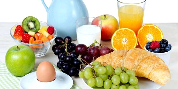 Eine ausgewogene Ernährung beugt einem Nährstoffmangel vor