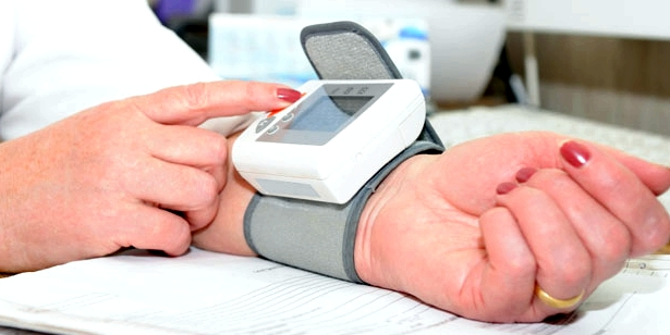 Bei Blutdruckmessung ist Ruhe notwendig