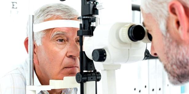 Sie sollten alle 2 Jahre zum Augenarzt gehen