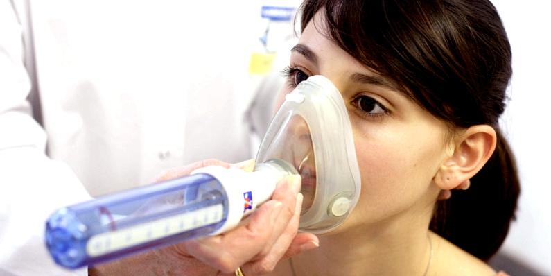 Zur Laktoseintoleranz-Diagnose eignet sich u.a. ein H2-Atemtest