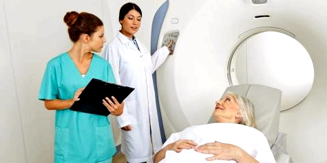 Endlich Hoffnung im Kampf gegen Krebs. Dank moderner Technik in der Medizin sind die Chancen auf Heilung in den letzten Jahren gestiegen