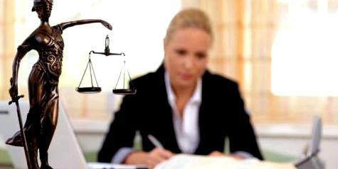 Bei Behandlungsfehlern Rechtsbeistand