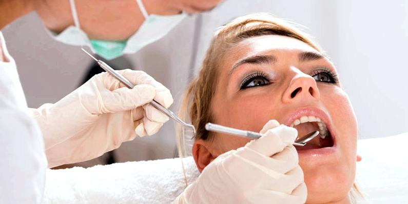Zahnarztbehandlung wegen Paradontitis