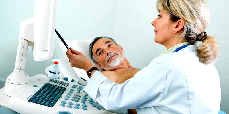 Zur Diagnose der Bauchfellentzündung wird eine Ultraschalluntersuchung durchgeführt