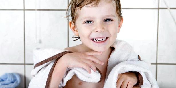 Kind nach Kleienpilzflechte Behandlung Ansteckungsgefahr durch Handtücher