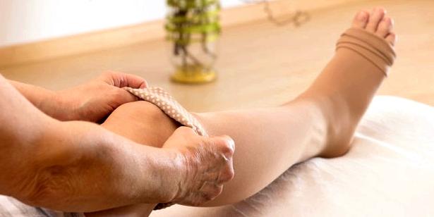 Stützstrümpfe gegen Durchblutungsstörungen