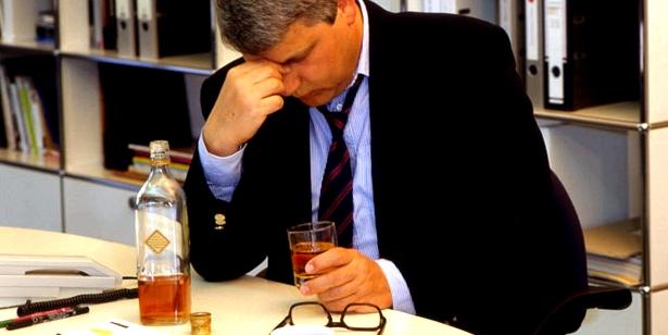 Starker Alkoholkonsum kann zu einem Nährstoffmangel führen