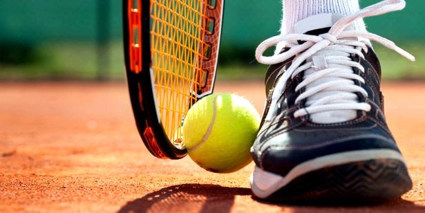 Tennis ist Risiko für Muskelfaserriss