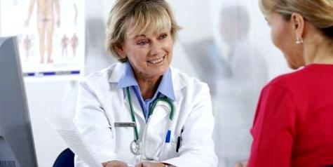 Hausarzt hilft beim Rauchstop