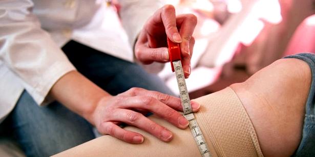 Stützstrumpf zur Lymphstau-Behandlung